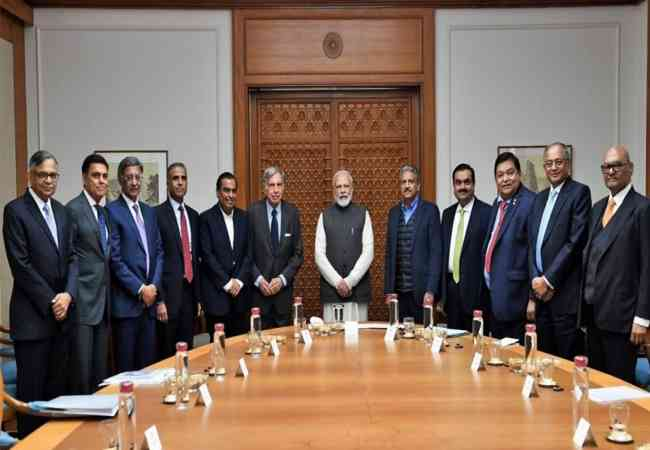 PM Modi meets with industrialists to discuss the ongoing economic slowdown