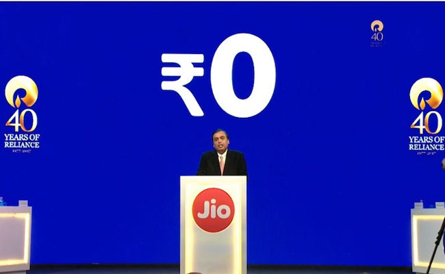 JioPhone-launched-for-free-with-Rs.-1,500-Deposit-and-Unlimited-4G-Data
