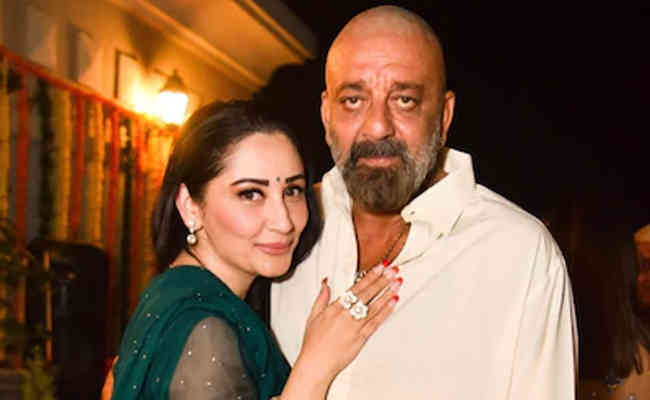 After beating cancer Sanjay Dutt returns home