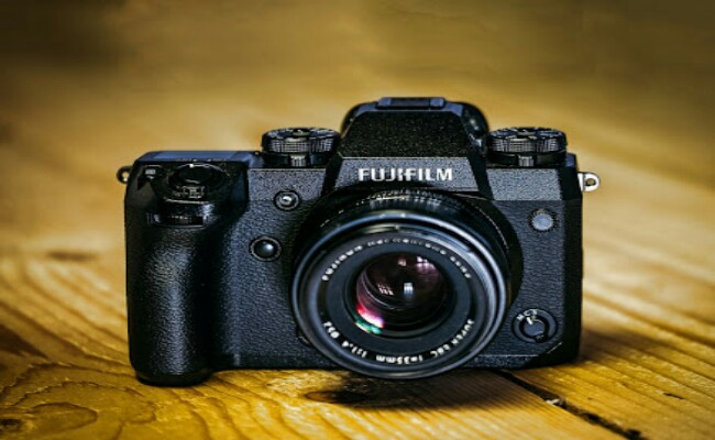 FUJIFILM-X-H1,-a-mirrorless-digital-camera-in-the-X-Series-for-its-superior-image-quality