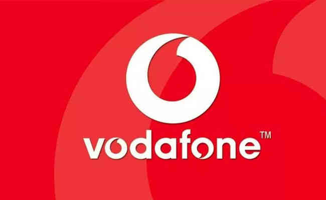 Oaktree, Varde proposes up to $2.5 billion investment in Vodafone Idea