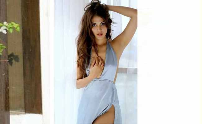 Rhea Chakraborty returns to Normal Life